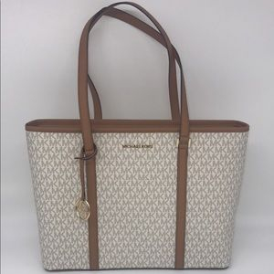 NWT Authentic Michael Kors Large Zip Tote